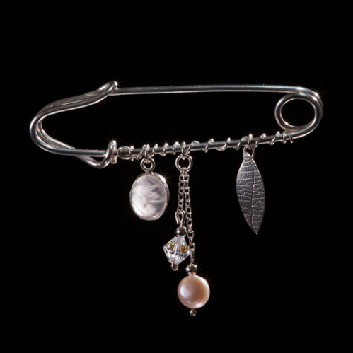 Silver kilt pin with silver leaf, pearl and crystal drop and handset rose quartz