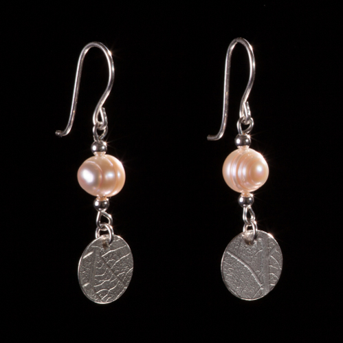 Pearl and silver leaf patterned disc drop silver earrings